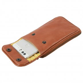 CLOUDBERRY Phonebag cognac
